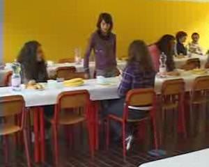Menù natalizio nelle scuole di Pietrasanta: tortellini, polpettone e panettone