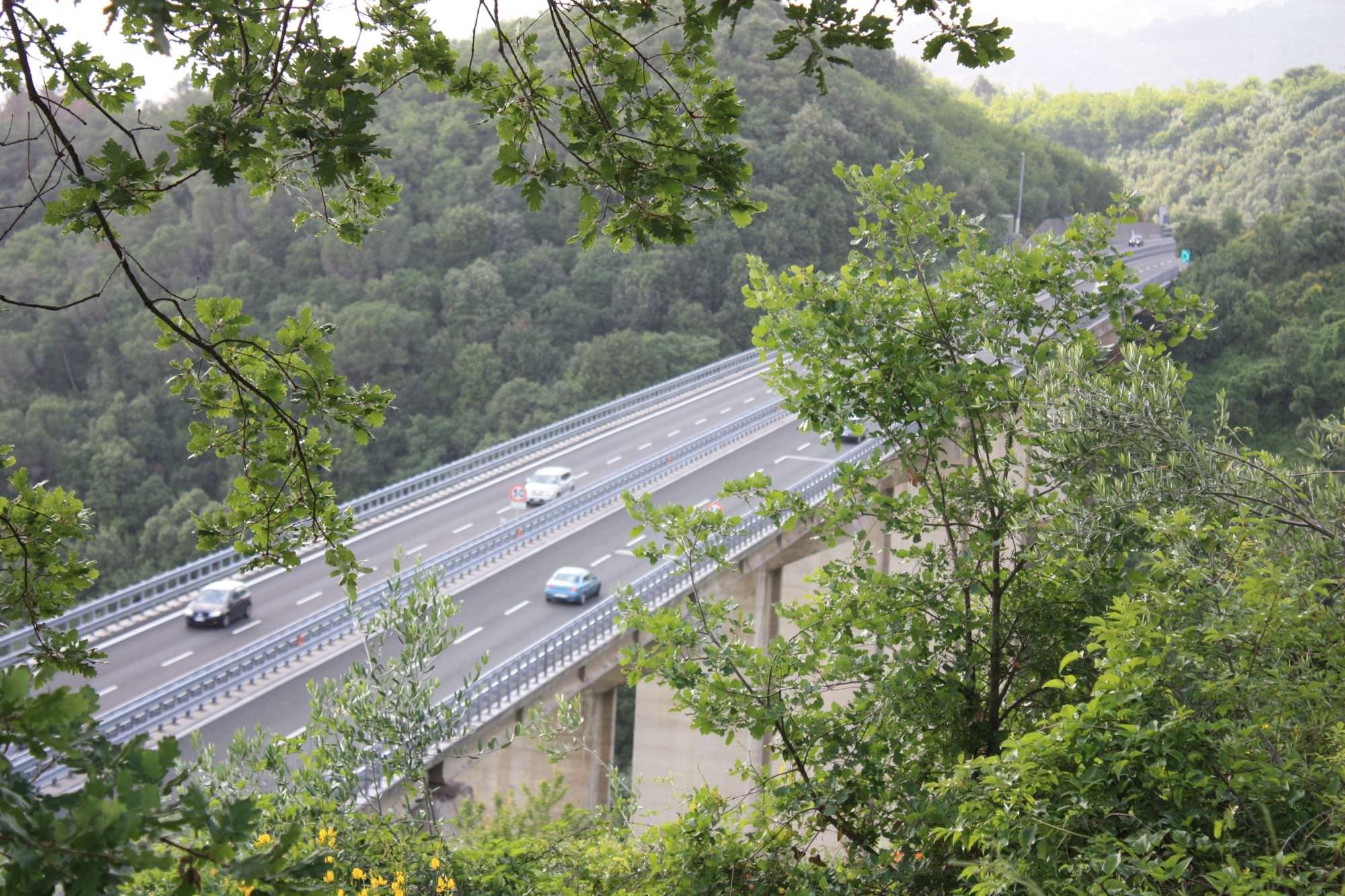 Autostrade, con l'aumento dell'iva si passa a 3,20 euro nel tratto Viareggio-Lucca Ovest