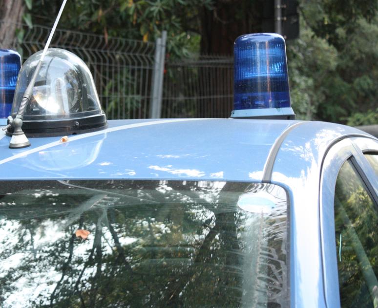Controlli della Polizia in Passeggiata, stazione e kebab del centro