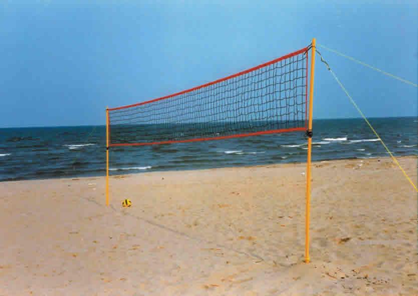 Forte rubata la rete da beach volley a spiaggia libera - Campi da pallavolo gratis stampabili ...