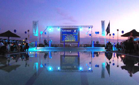 Il festival pi piccolo al mondo al bagno arizona - Bagno arizona viareggio ...