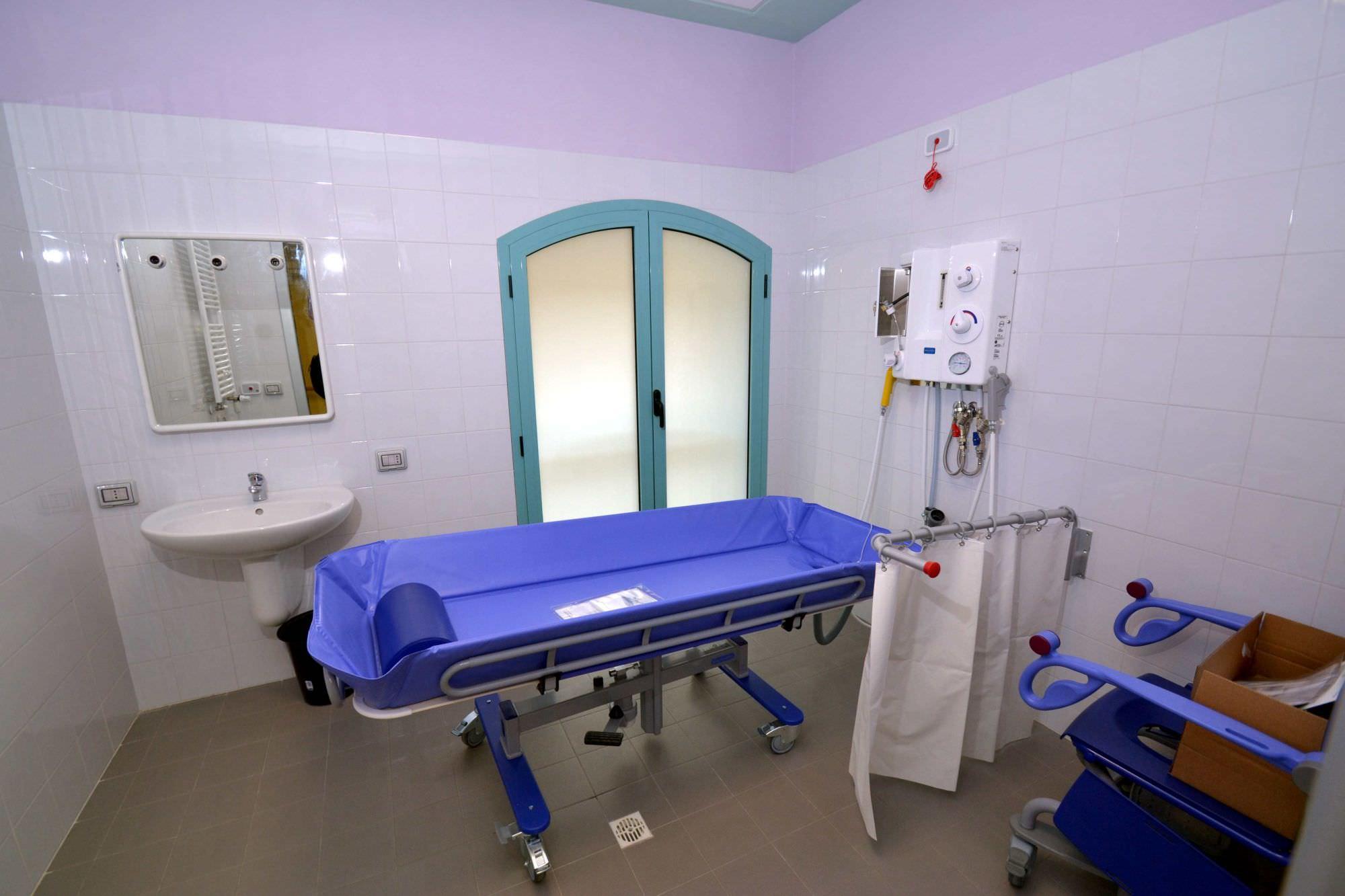 Viareggio apre la rsa tabarracci nell 39 ex ospedale della citt - Bagno assistito ...