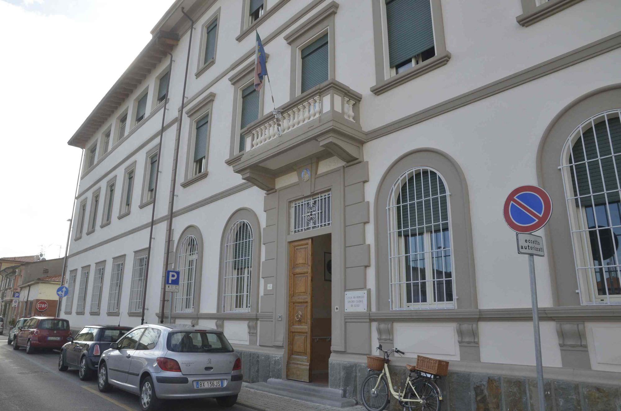 """Istituto """"Poveri vecchi"""", gli albergatori di Viareggio si attivano per scongiurarne la chiusura"""