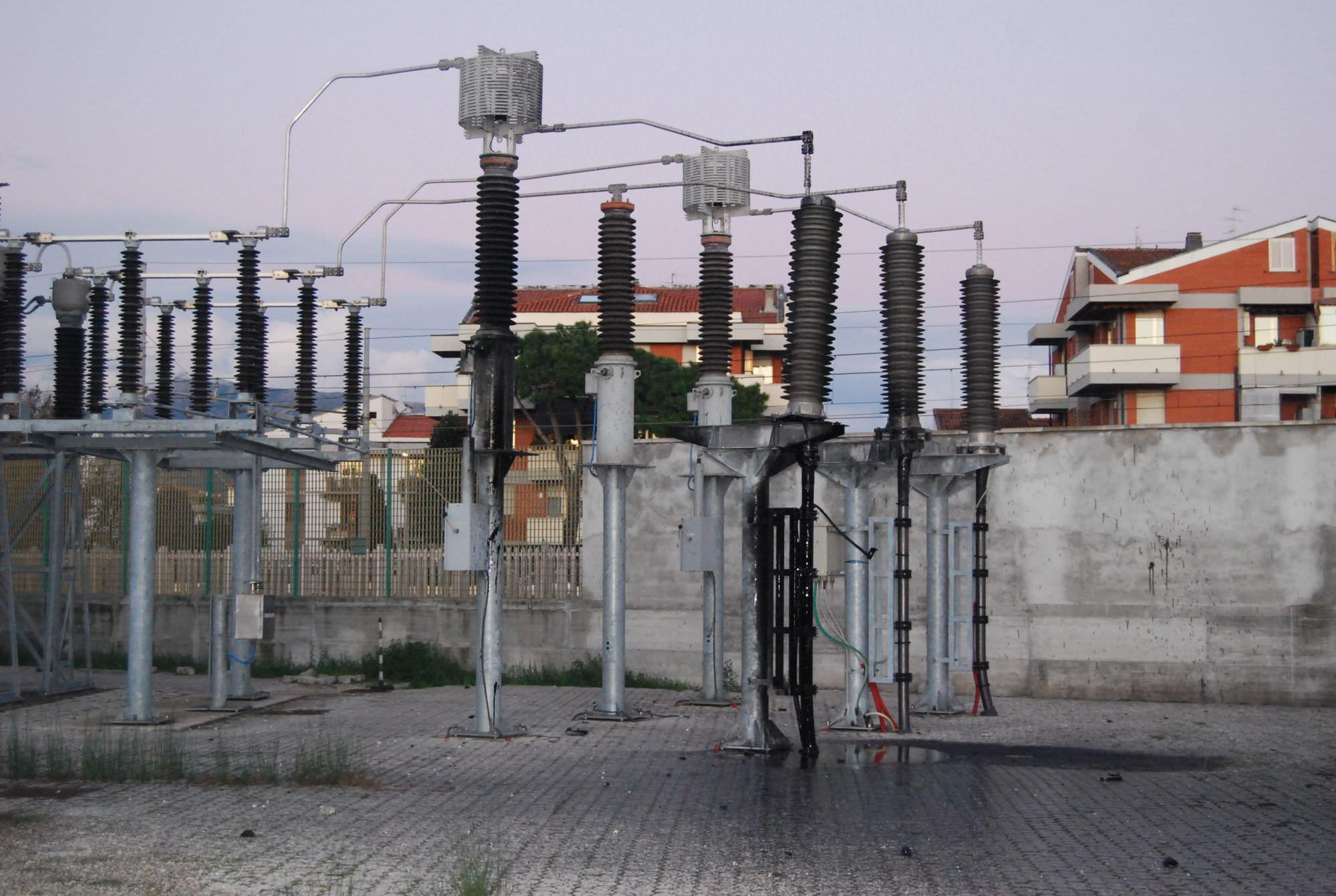 Enel potenzia il servizio elettrico nel centro di Viareggio, possibili disagi per 4 ore