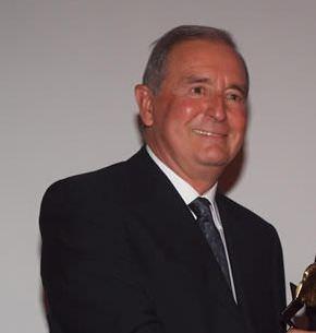 E' Andrea Biagiotti il neo presidente del Premio Internazionale Barsanti e Matteucci. Succede al dimissionario Francesco Gaspa. Il sindaco Domenico Lombardi ... - andrea-biagiotti