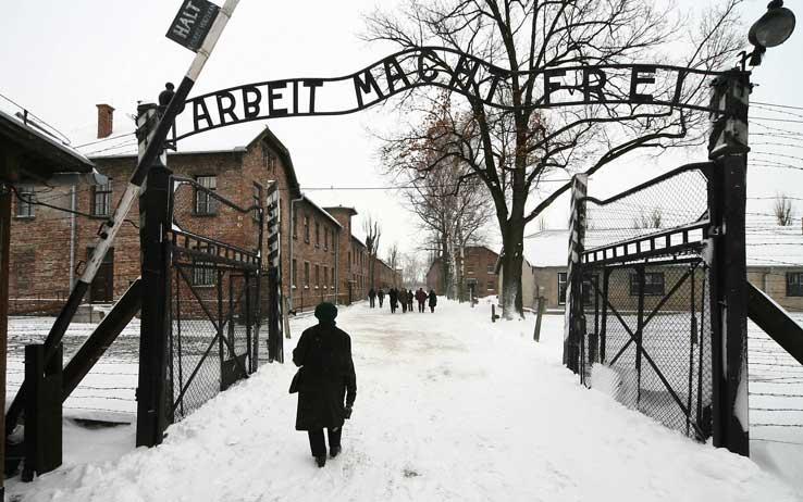 """Esserci per testimoniare"" cinque ragazzi in visita ad Auschwitz"