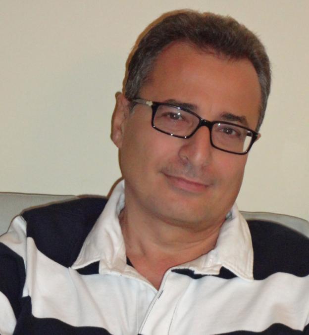 Scontro su Facebook tra Betti e Lunardini. L'ex sindaco minaccia azione legale