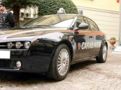 Inseguimento per le vie di Pietrasanta. Arrestati due giovani spacciatori