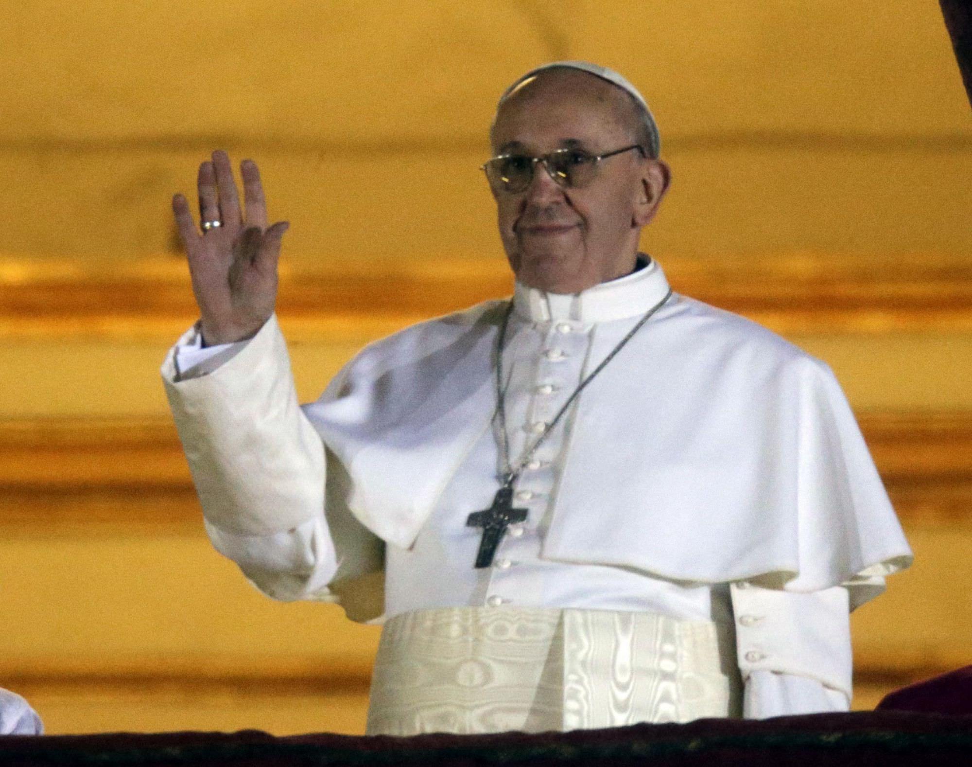Ernesto Simoni nominato Cardinale da papa Francesco celebra messa a Viareggio