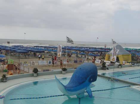 Torneo di beach tennis al Balena