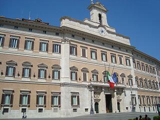 Nasce a Viareggio il Comitato per il no alla riforma costituzionale Boschi