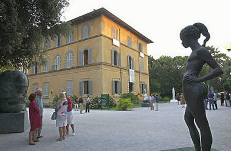 Pietrasanta vende la Versiliana a Forte dei Marmi