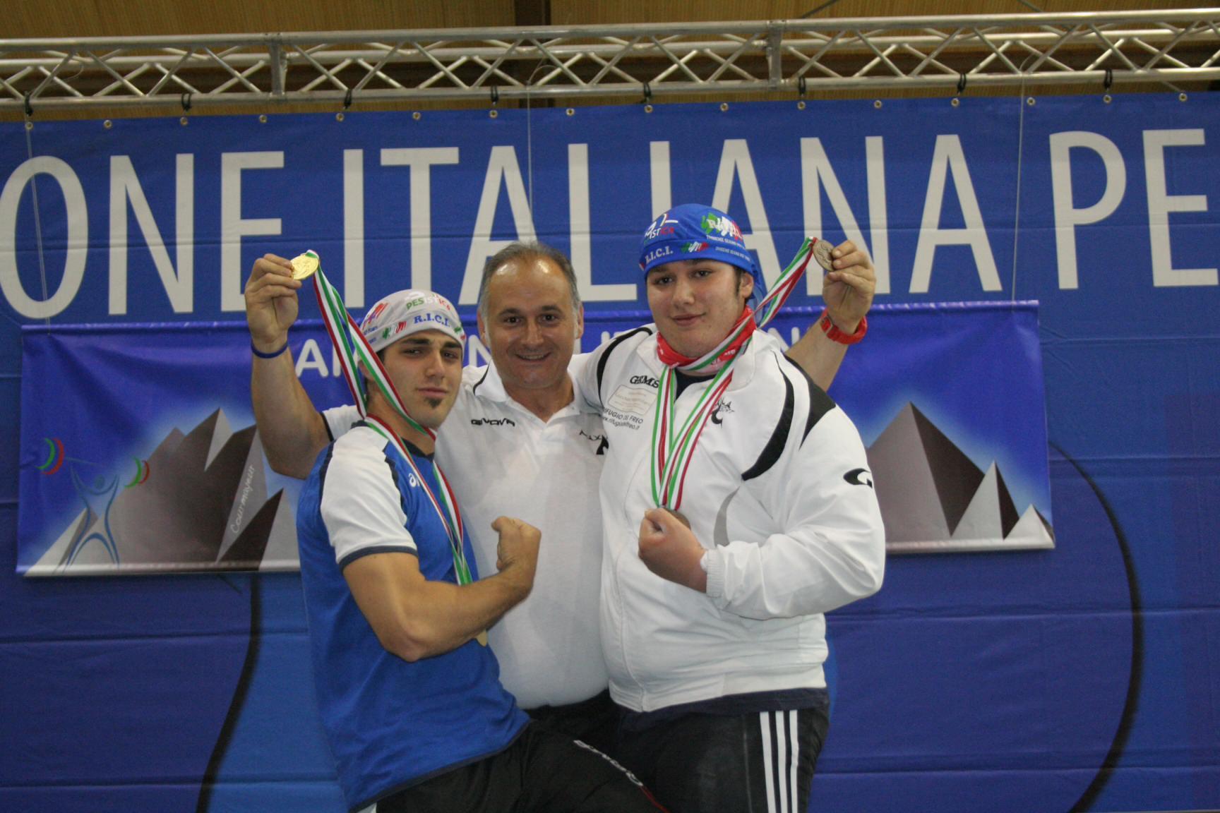Pesistica, trionfo per i camaioresi Faciano e Moriconi ai campionati juniores di Courmayeur