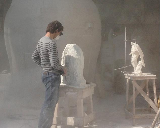 Nello Studio d'Arte Massimo Galleni  il Master Class per otto giovani scultori Russi