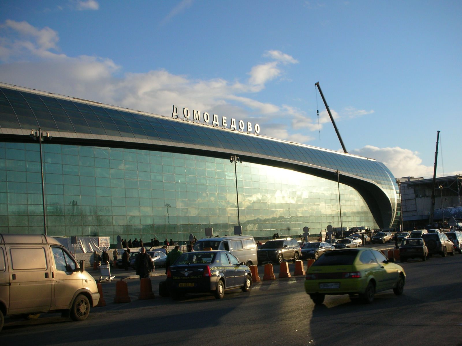 Trovato l'accordo per voli annuali diretti Pisa Mosca