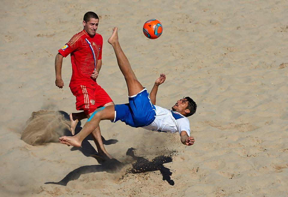 Beach soccer, vittoria di prestigio dell'Italia contro la Russia: altra doppietta di Gori