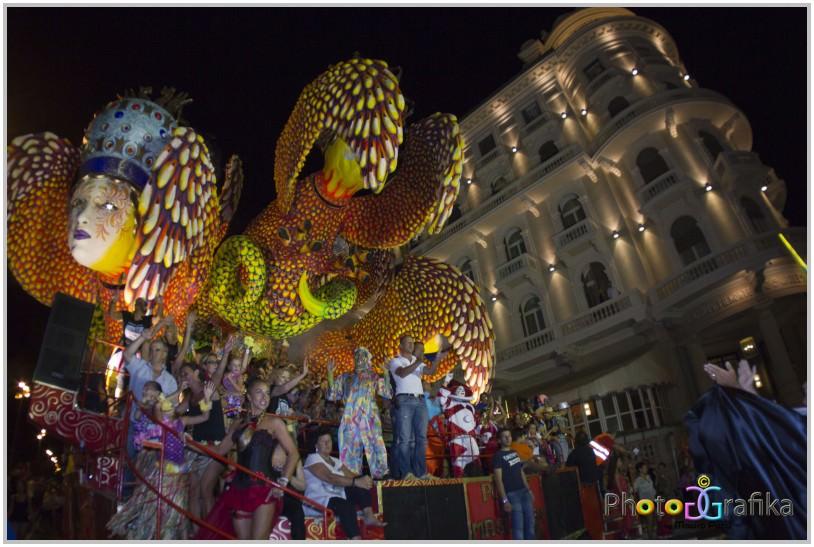 L'ultimo atto del Carnevale estivo salvato da due commercianti toscani