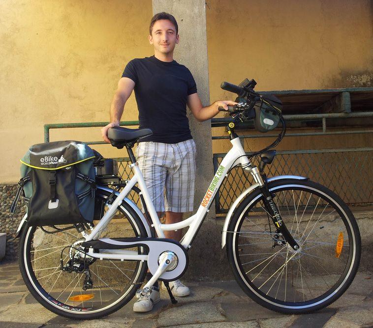 Passa da Viareggio l'E-bike Tour, il primo giro d'Italia in bicicletta elettrica di Marco Flavio Invernizzi