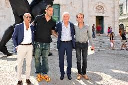 Italia – Francia e Girolamo Ciulla  L'estate d'arte di Pietrasanta fa boom: oltre 14 mila visitatori in due settimane