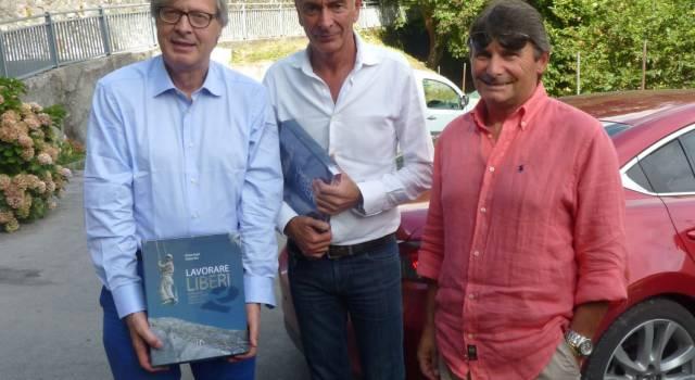 Anche Vittorio Sgarbi alla scoperta dell'Antro del Corchia