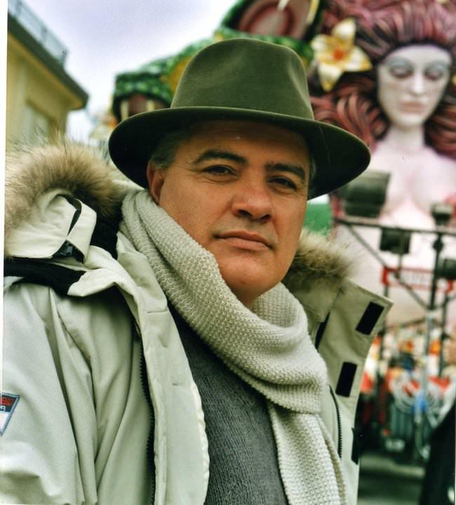 Carnevale, il carrista Roberto Vannucci porta in Kazakistan e Cina il nome di Viareggio