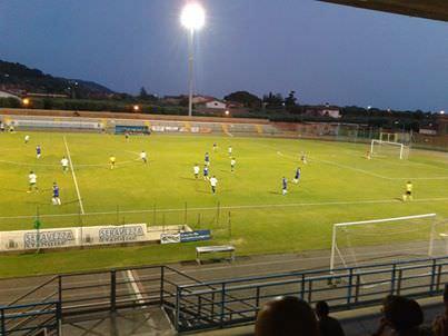 Il Viareggio si sveglia a cavallo tra i due tempi: Seravezza illuso e sconfitto 4-1