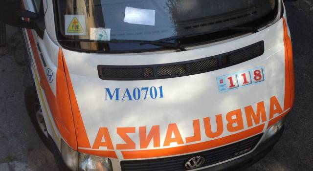 Incidente in moto, grave 40enne