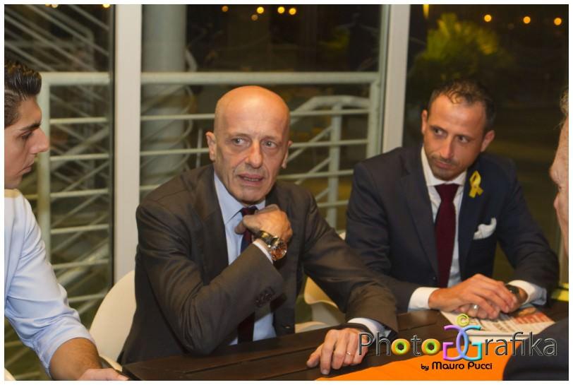 Buona partecipazione all'incontro con Alessandro Sallusti al Balena