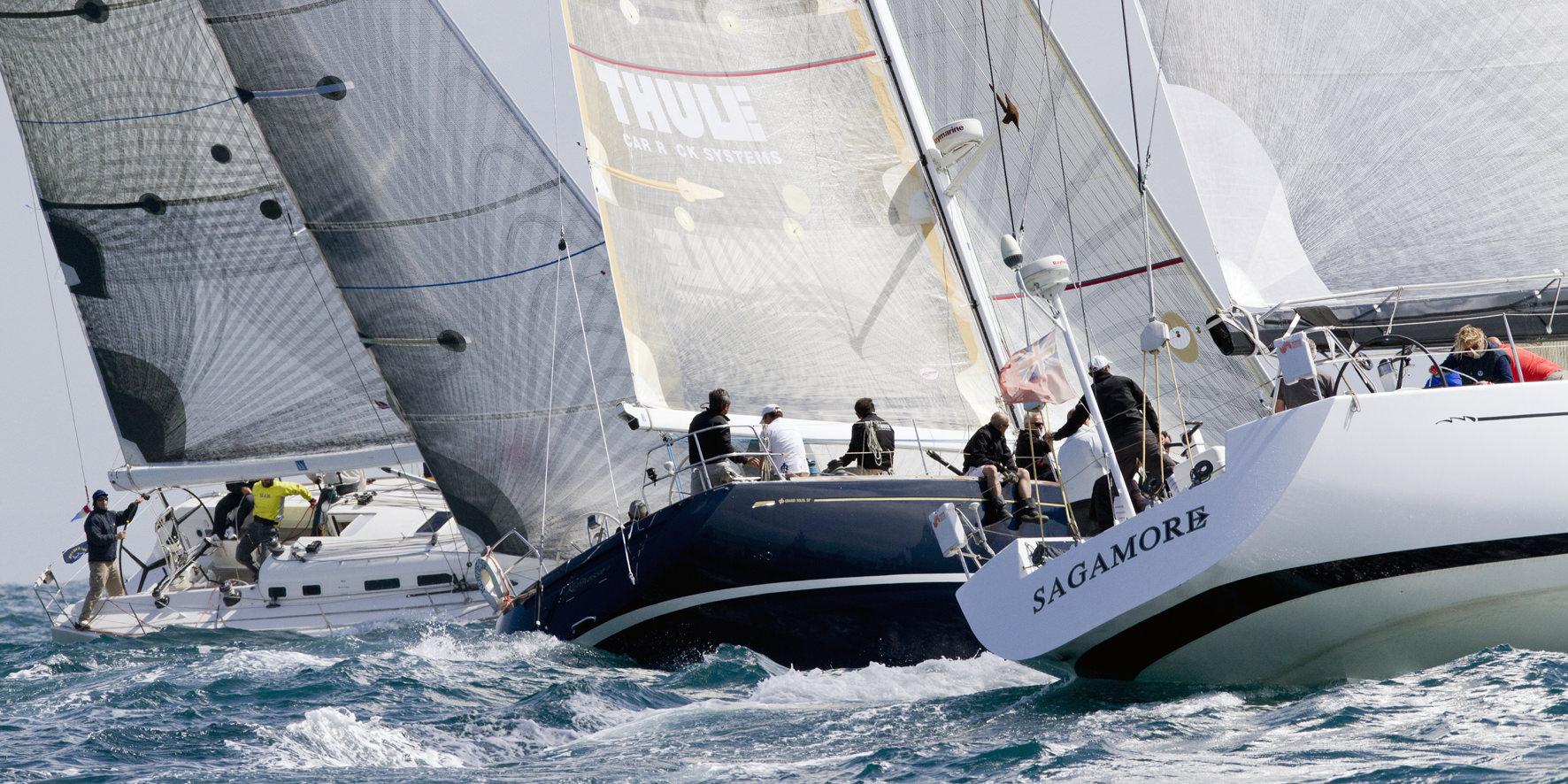 Vela, il Trofeo Classe Dinghy anima la scena a Viareggio