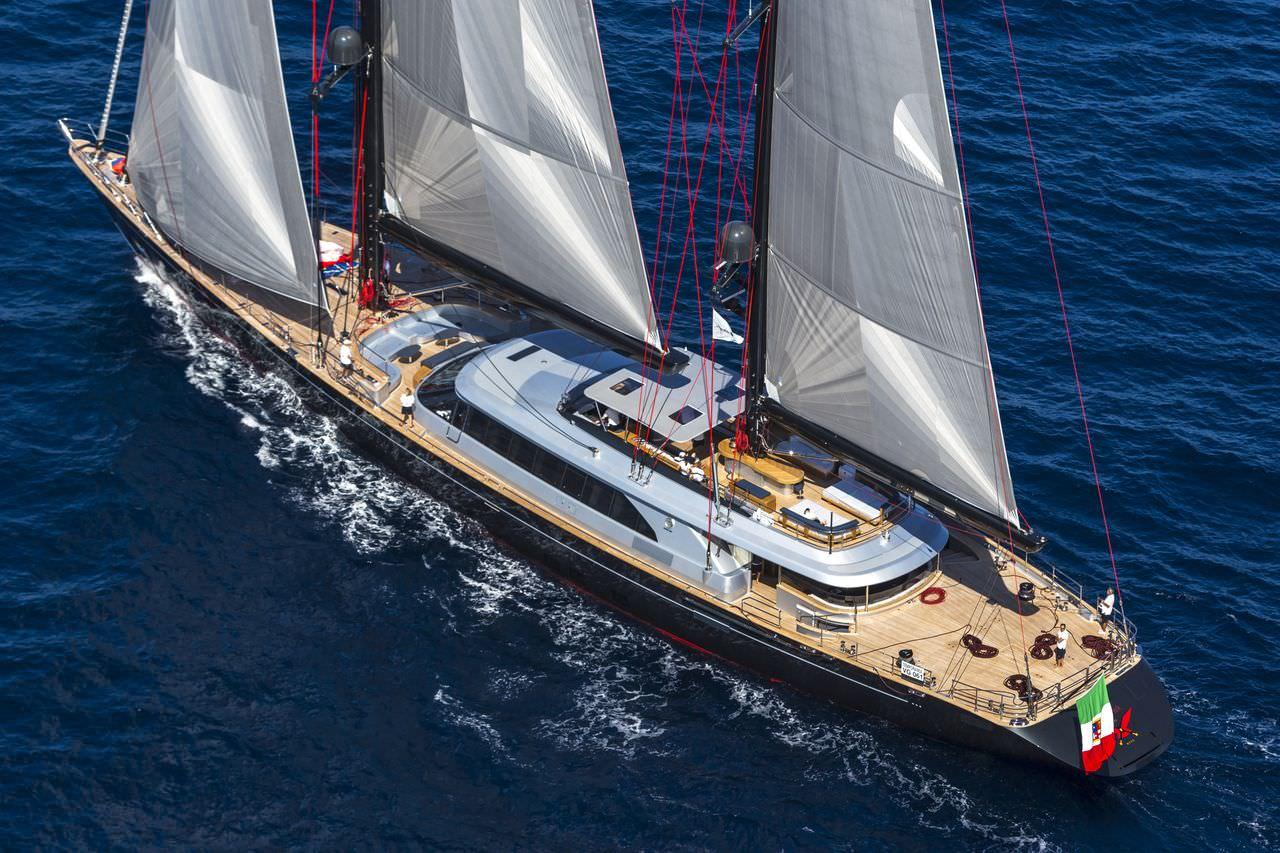 """Rossi a Seatec: """"Qui nascono gli yacht più belli del mondo"""""""