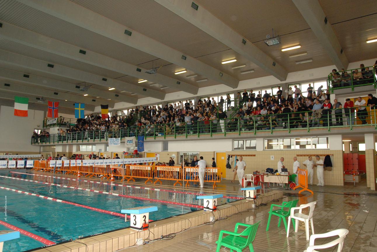 Nuoto, alla piscina comunale di Massarosa le gare delle categorie Master