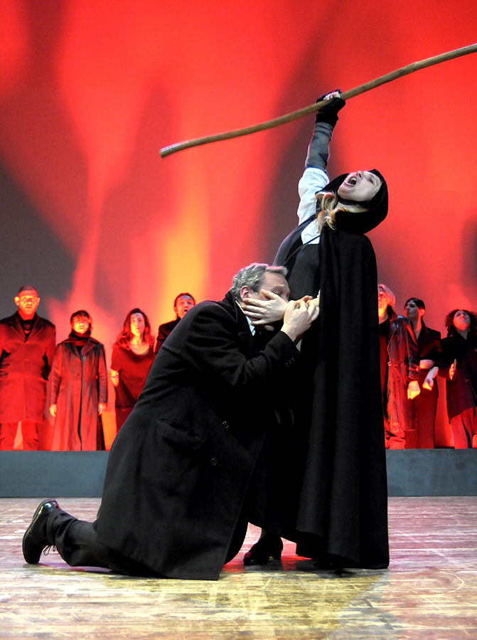 Biglietti meno cari e incassi aumentati: bilancio di fine mandato per il teatro dell'Olivo