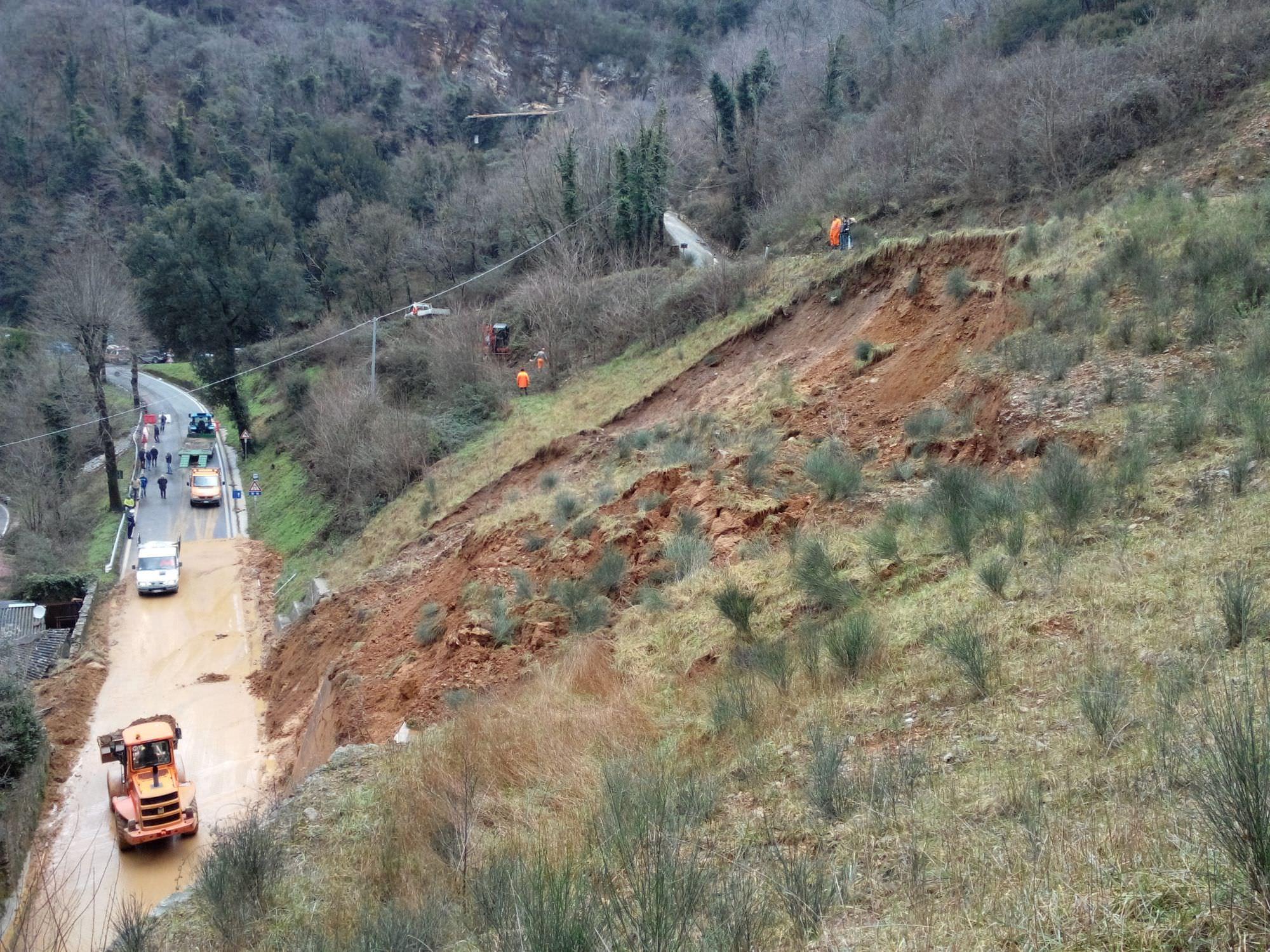 """Ancora danni a Stazzema. Verona: """"L'abbandono della montagna avrà effetti devastanti"""""""