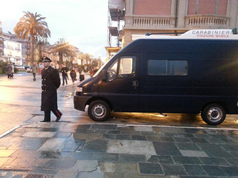 Controlli in Passeggiata di Polizia e Carabinieri