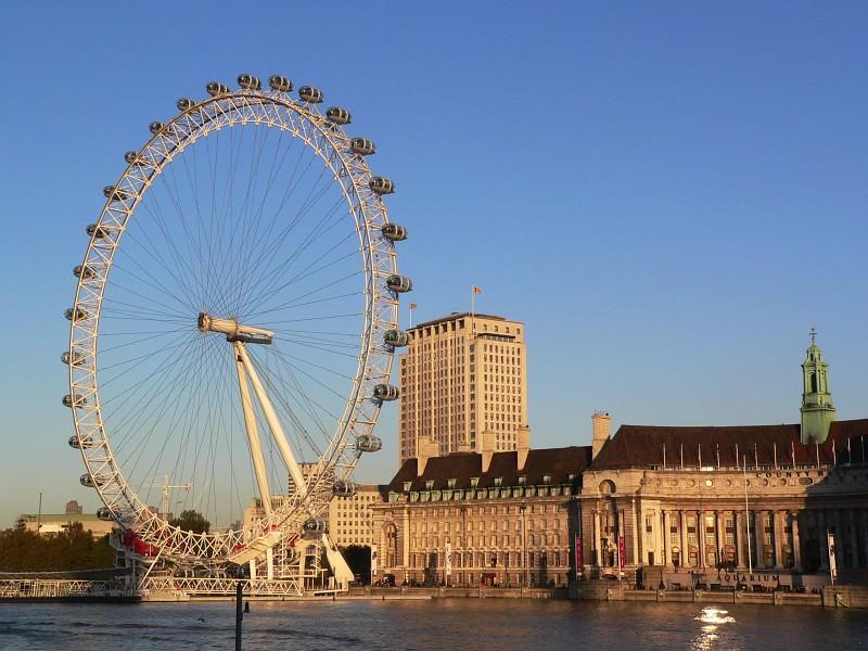 Un portale per chi vuole cercare fortuna a Londra, l'idea di due viareggini
