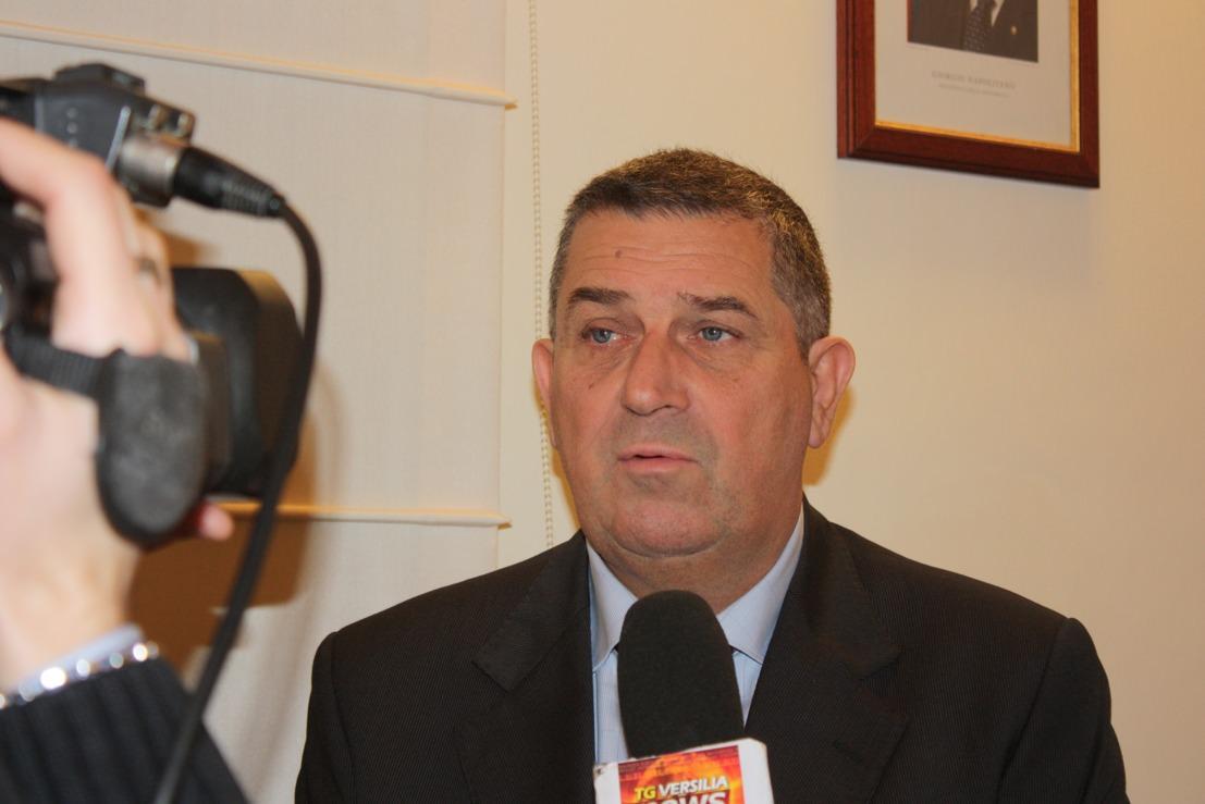 Franco Mungai il sindaco più popolare in Versilia. Lombardi il meno gradito