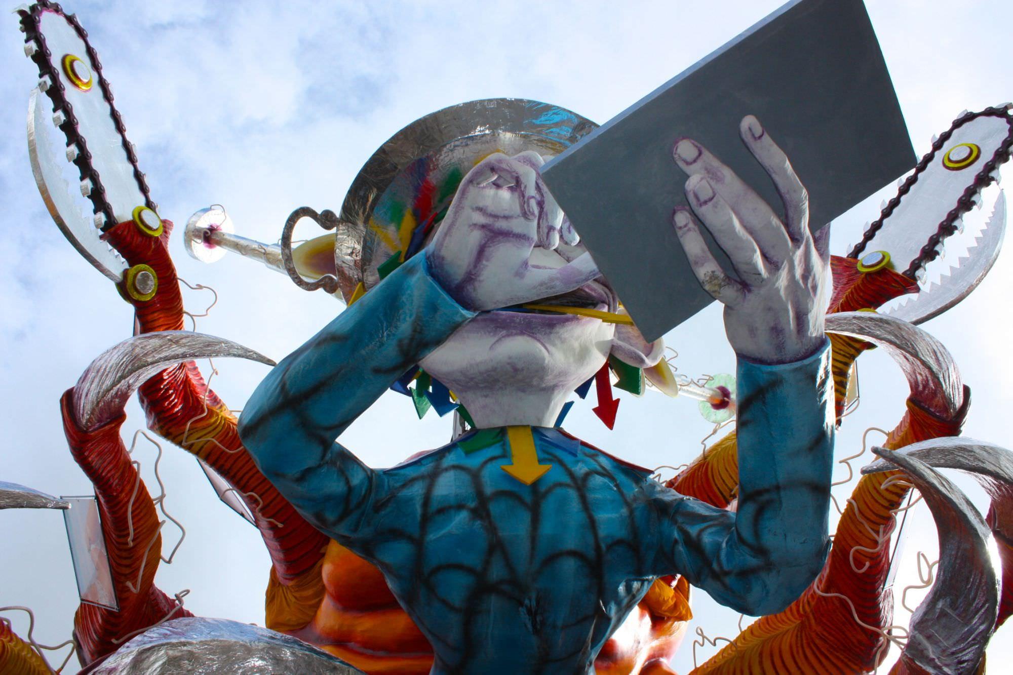 """""""Basta con i formalismi, la politica deve dare un futuro a Viareggio e al suo Carnevale"""""""