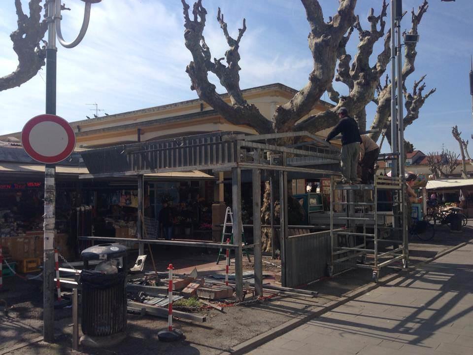 """""""Il degrado di Piazza Cavour specchio del commercio di Viareggio. E il Comune che fa?"""""""