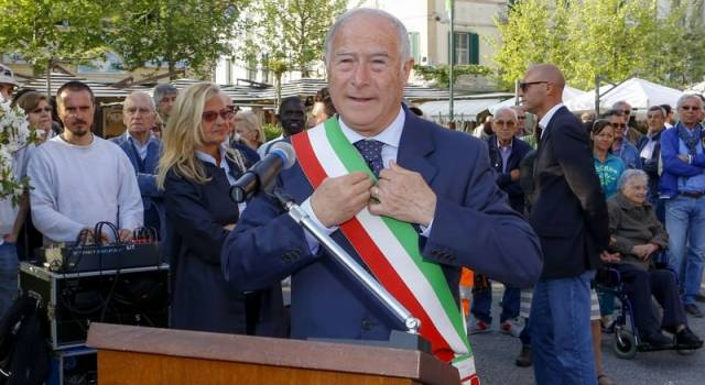 Elezioni a Pietrasanta. In dubbio la ricandidatura di Domenico Lombardi