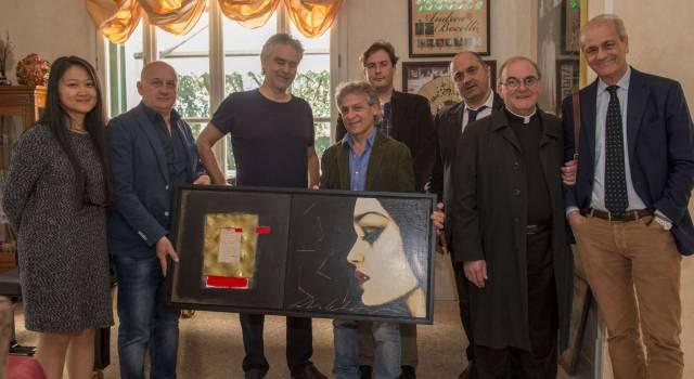 """Andrea Bocelli ritira il premio  """"Toscana cultura della disabilità"""""""