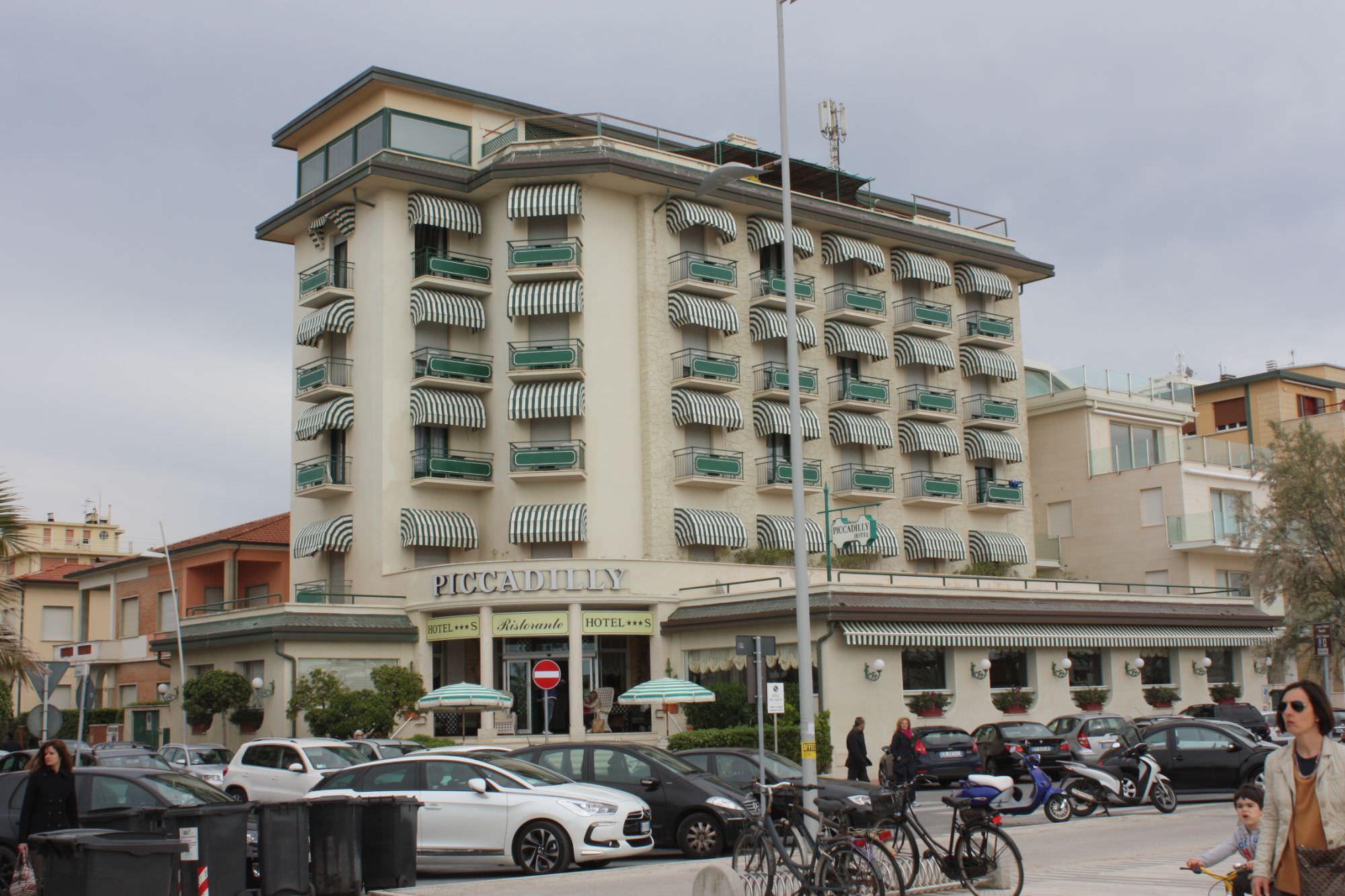 Hotel, scadono i termini per comunicare i prezzi massimi del 2016