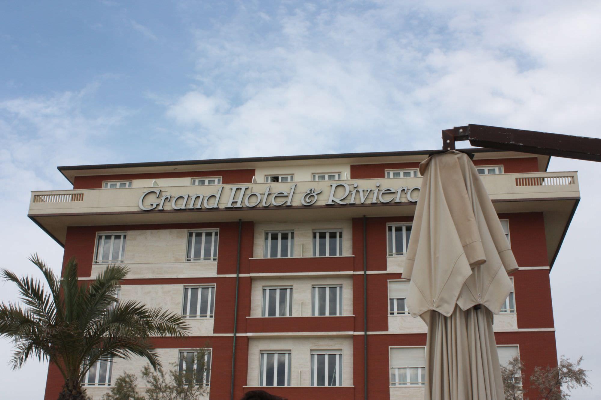 """""""Servono norme per migliorare le strutture turistiche della Versilia"""""""