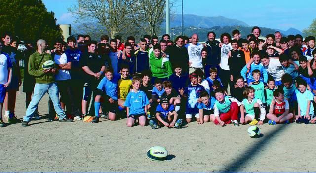 """Oltre cento """"titani"""" per lo stage con la stella del rugby Mauro Bergamasco"""