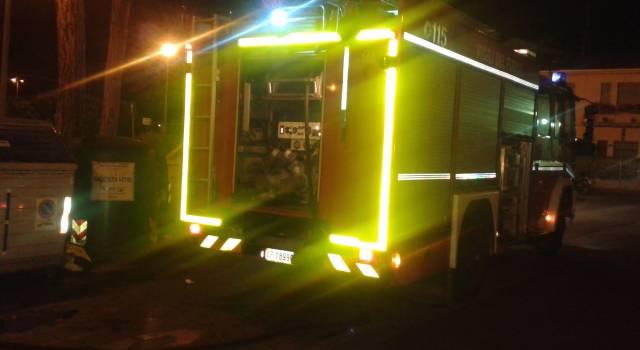 Incendio all'impianto elettrico, bimbo di 10 anni ustionato
