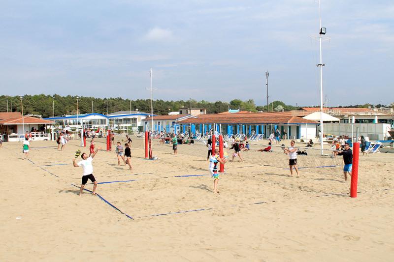 Campionati italiani di beach tennis sulla spiaggia della Darsena