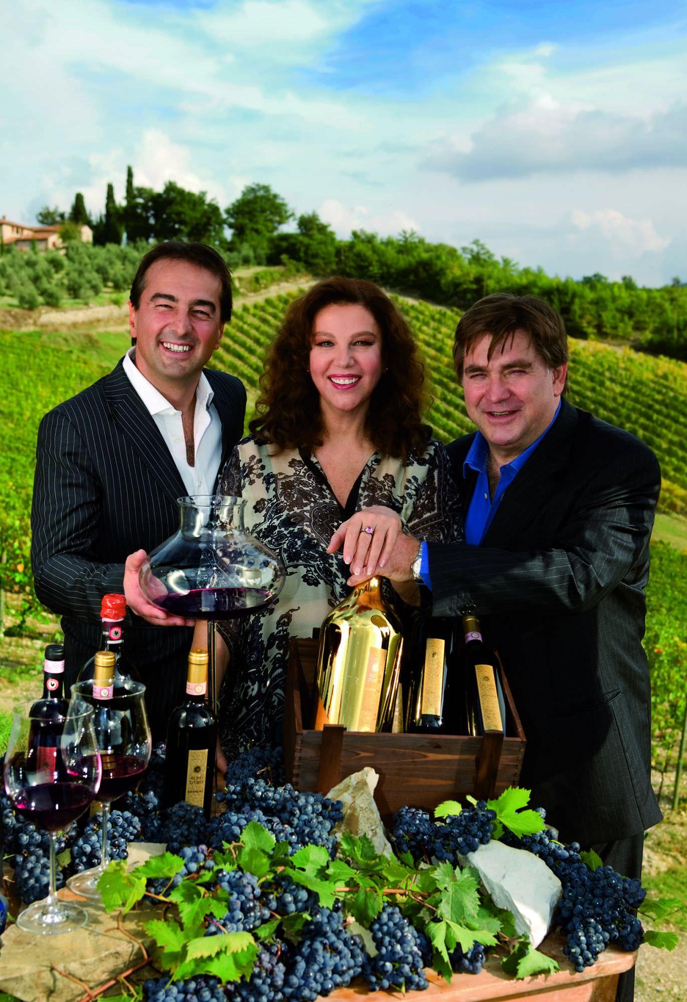 La viareggina Stefania Sandrelli stupisce Cibus con il suo Pan di Vino