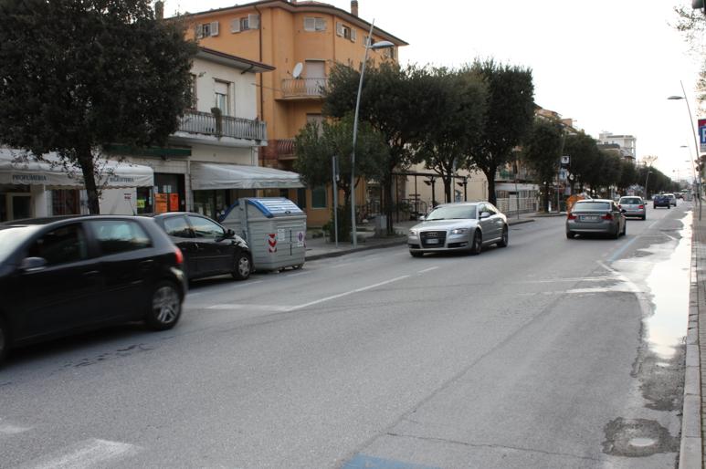 """""""Zona 30 fra il semaforo di via Vittorio Veneto e il semaforo di via Gigliotti"""""""
