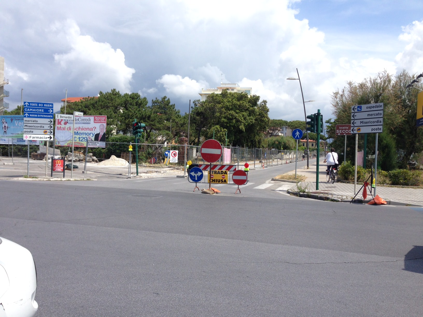 """Muro contro muro per via del Secco, Confcommercio: """"Serve una soluzione lungimirante"""""""