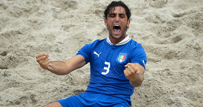 Tra Italia e Inghilterra nel beach soccer non c'è confronto. Merito dei viareggini