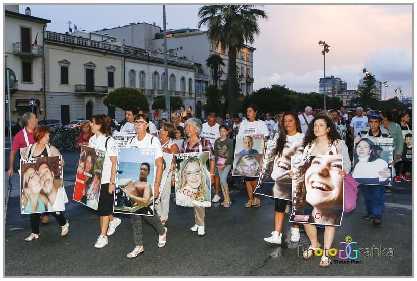 """""""Verità e giustizia per le 32 vittime della strage ferroviaria di Viareggio"""""""